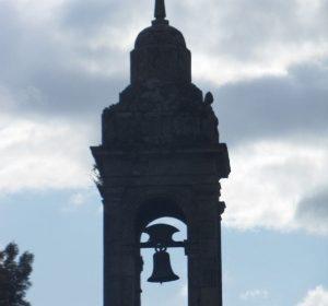 Glockenturm in Santiago