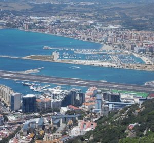 Blick nach Spanien vom Felsen