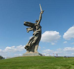 Mutter-Heimat-Statue auf dem Mamajew-Hügel