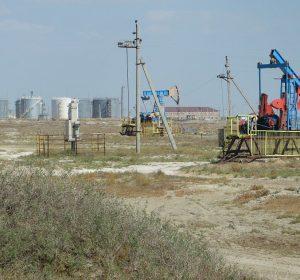 Erdölfeld in Kasachstan