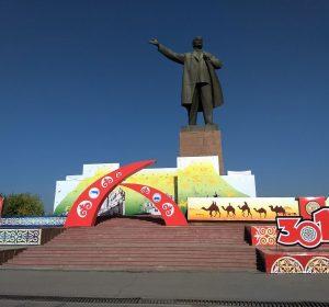 Lenin bleibt - Stalin ist verschwunden