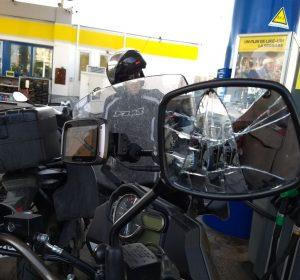 Kurt's Spiegel nach dem LKW-Reifenplatzer