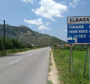 Auf der Fahrt nach Tirana