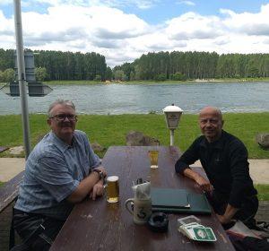 Mittagspause am Rhein bei Rheinstetten